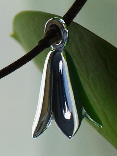 Nygårdsflickans hängsmycke silver